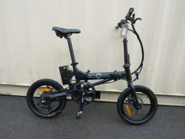 ECOSMO COMPACT ELECTRIC FOLDING BIKE 16 INCH WHEELS 69 KM ref 12585