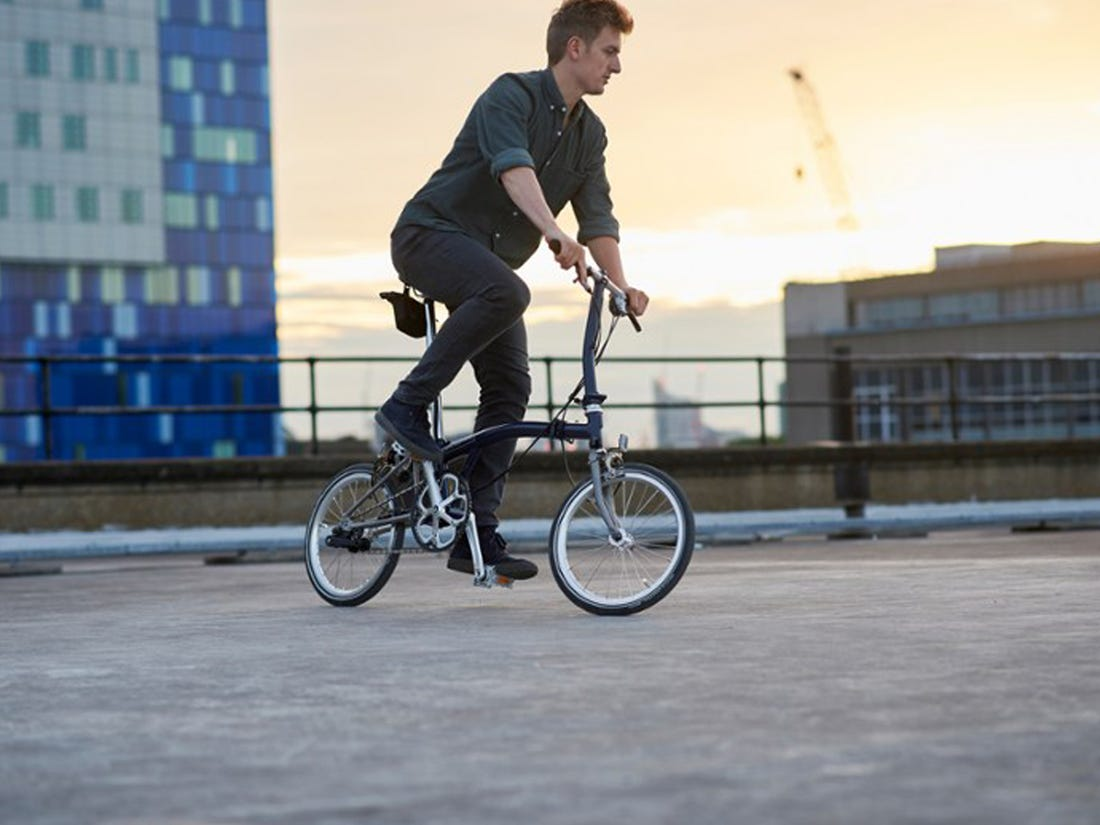 6 Reasons why one should invest in a Folding Bike - - VENTS Magazine
